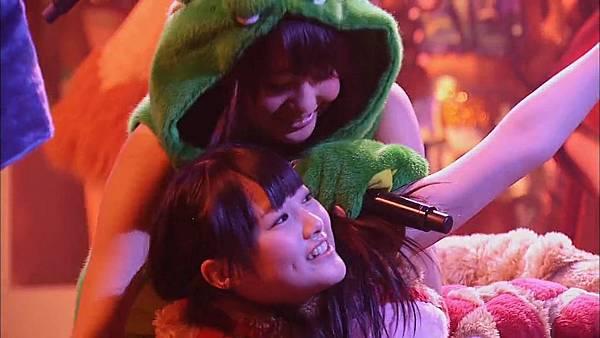 [超清LIVE]第2回 AKB48 紅白対抗歌合戦全場(01h19m30s-01h29m28s)-002.mp4_20130328_202532.459