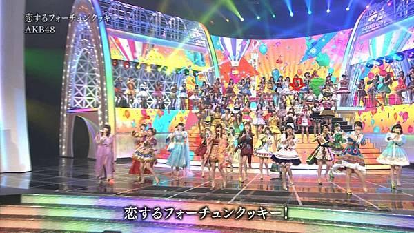 [永远的14少年] AKB48 - 紅白2013SP~AKB48 Festival!~ + talk (第64回NHK紅白歌合戦 2013.12.31).ts_20140101_195104.505.jpg