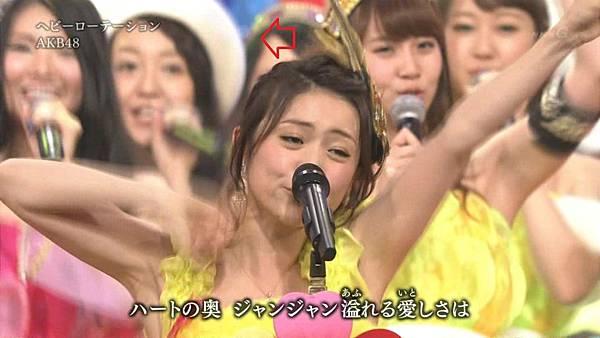 [永远的14少年] AKB48 - 紅白2013SP~AKB48 Festival!~ + talk (第64回NHK紅白歌合戦 2013.12.31).ts_20140101_195505.731.jpg