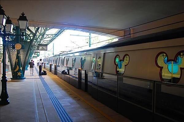 2007.8.3-8.5 迪士尼地鐵站 004