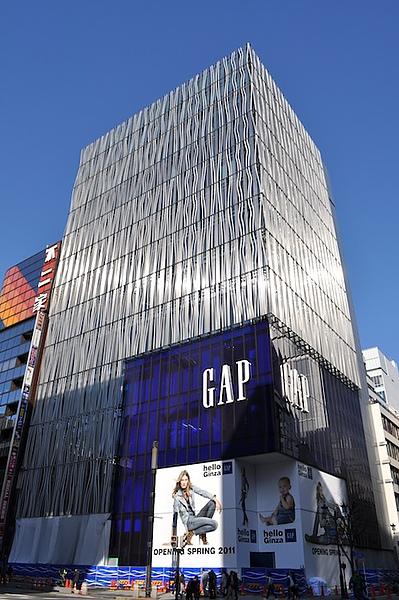 gap-銀座旗鑑店3.3 open.jpg