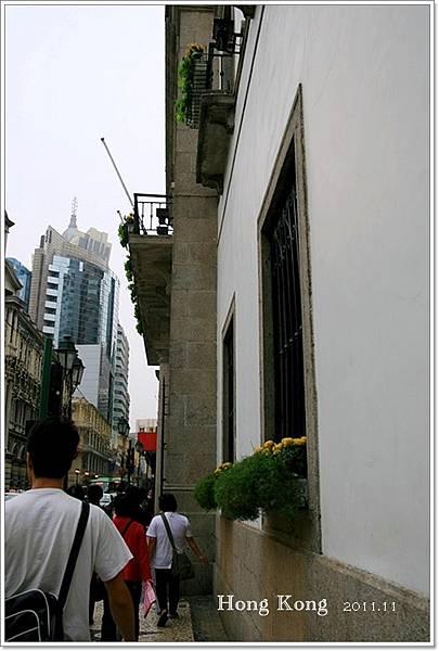 20111121 062