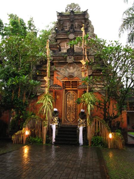 Ubud Pasa (palace) 皇宮