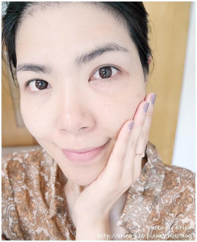 Banila Co. Zero零感肌瞬卸凝霜(嫩白)_1 (11).jpg