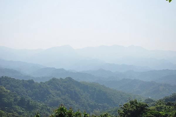 觀雲嶺遠眺