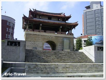 2010-新竹東城門1.jpg