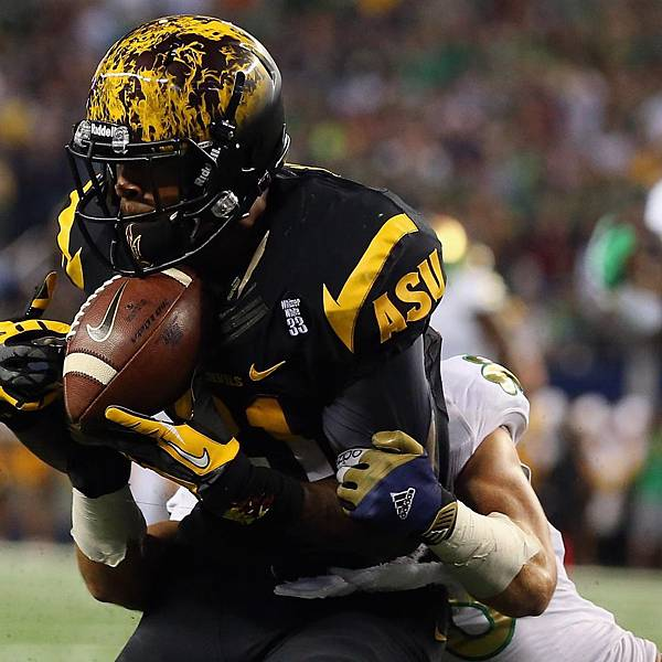 hi-res-183192239-jaelen-strong-of-the-arizona-state-sun-devils-makes-a_crop_exact