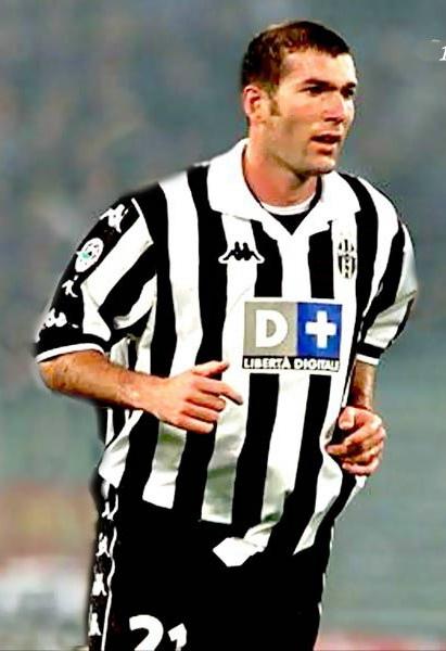 soccer_france_zidane02.jpg