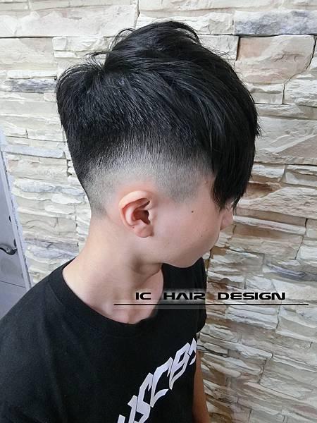2018男生髮型髮色2019
