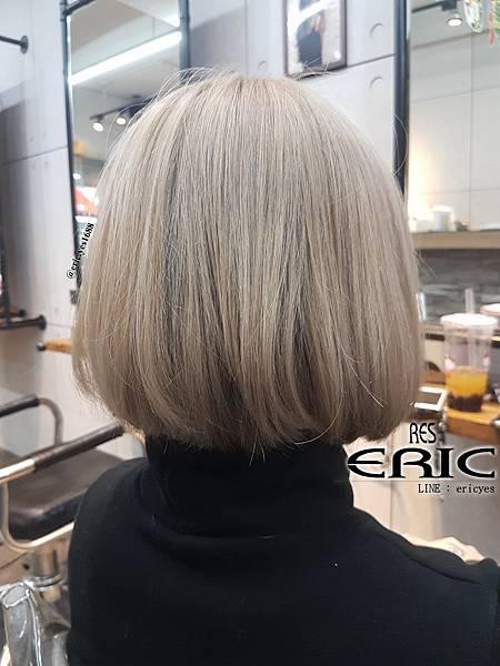 2018女生短髮髮型髮色