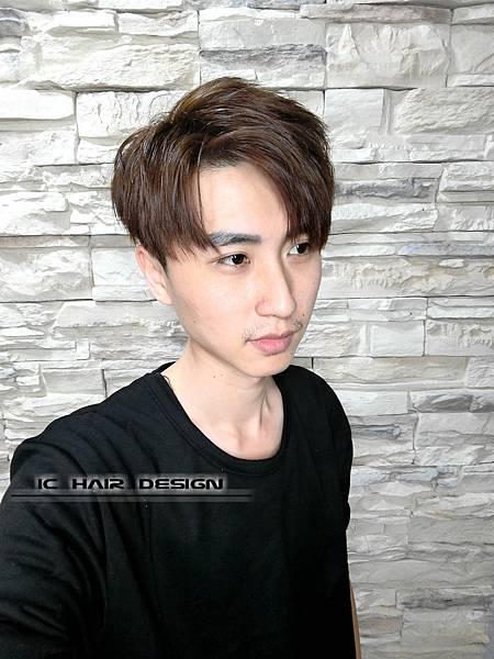 2018男生髮型髮色三重剪髮