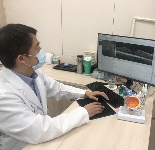 新竹近視雷射眼科醫師