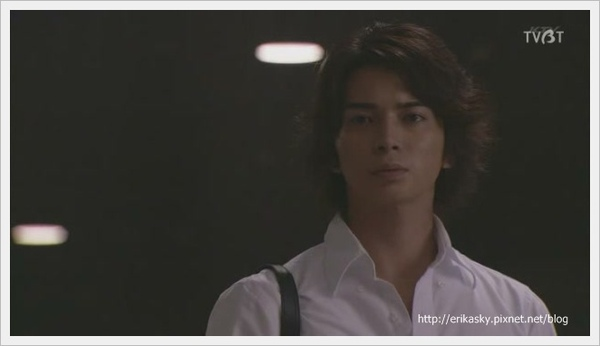 [TVBT]Natsu no Koi wa Nijiiro ni Kagayaku_EP_05_ChineseSubbed[(071024)02-40-56].JPG