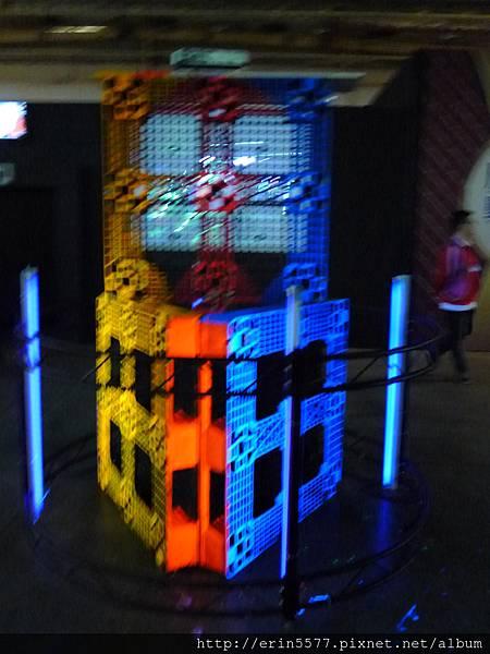 上閤屋, 3D 579