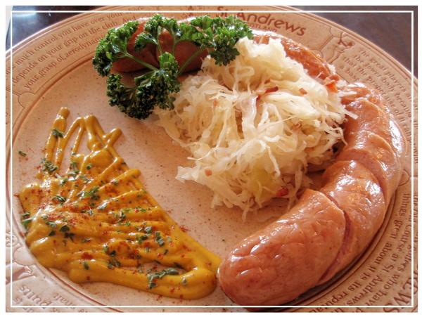 ♪德式香煎白腸佐酸菜♪