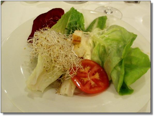 Robin's Grill~拿來好多新鮮的蔬菜