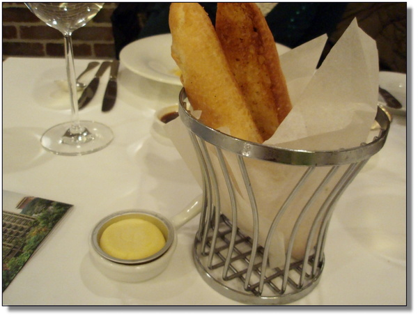 Robin's Grill~蒜味麵包
