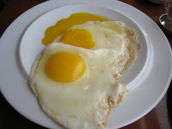 蛋都煎破了