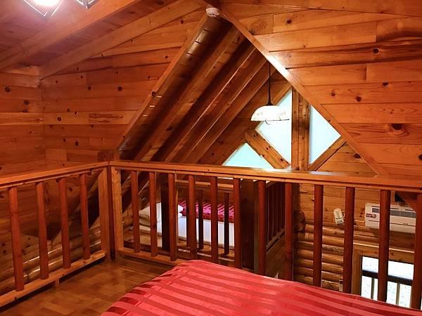 5人木屋閣樓
