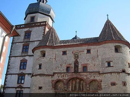 烏茲堡-瑪麗安城堡