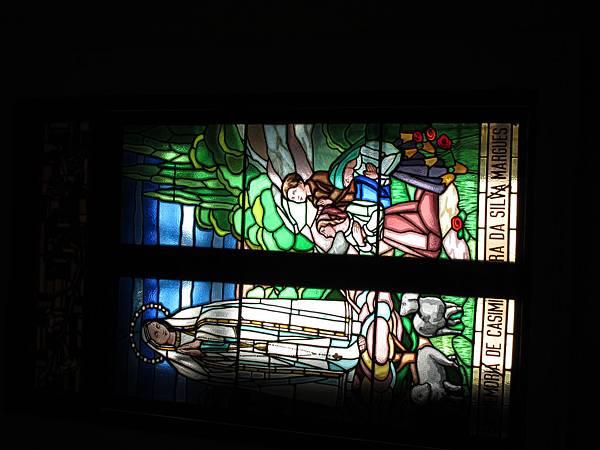 聖老楞佐教堂-彩繪玻璃