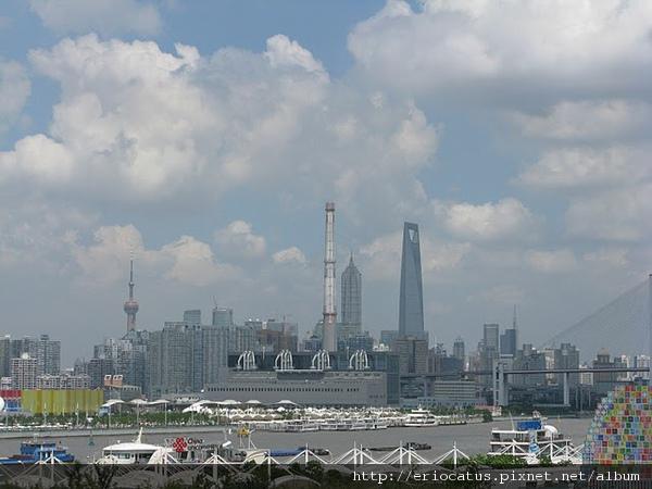 沙特館頂層眺望世博園區和上海