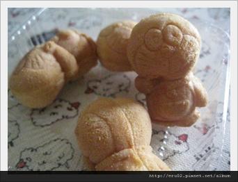 哆拉A夢麵包.JPG