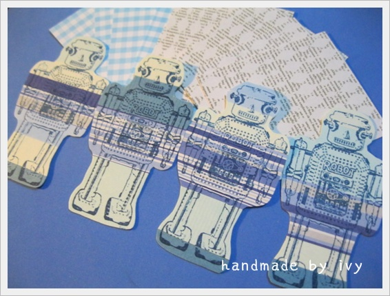 Blue Robot1.JPG
