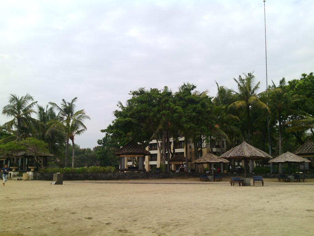 Conrad 飯店