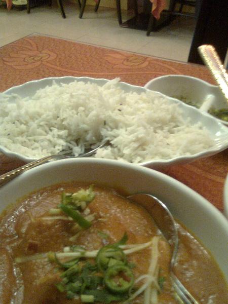 印度茴香飯和紅醬奶油咖哩雞