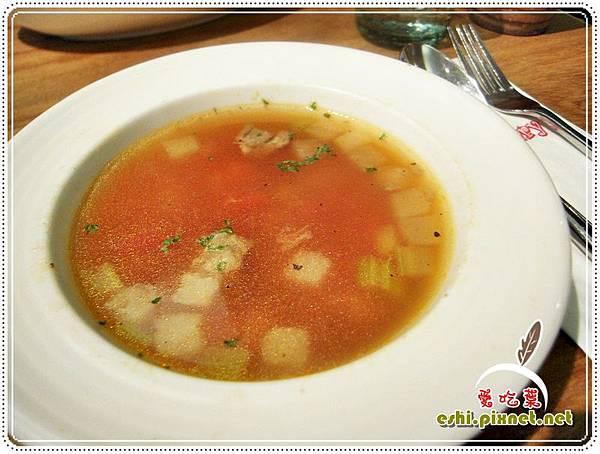 * 義式番茄牛肉燉湯 $45 *