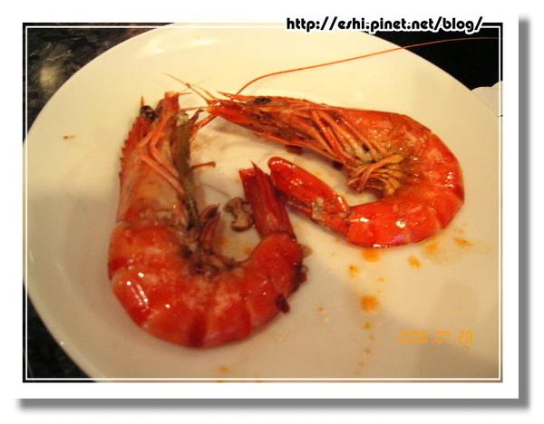 彎曲的海蝦