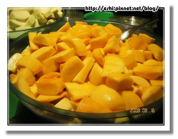 芒果大塊大塊又金黃