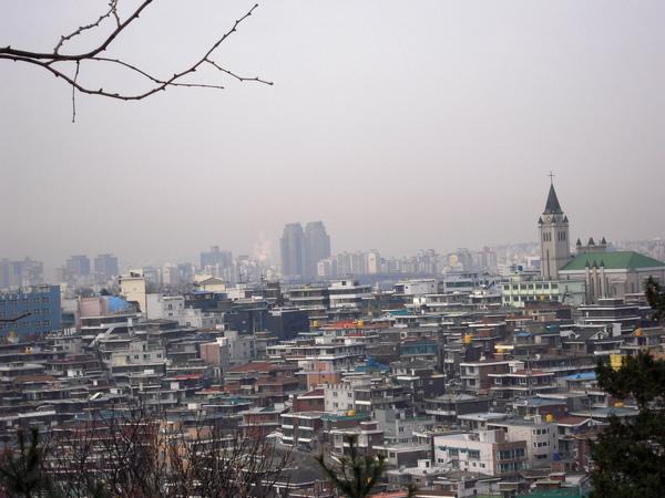 遠看韓國的房子都有描邊呢