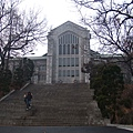 進去就可以看到的漂亮教堂