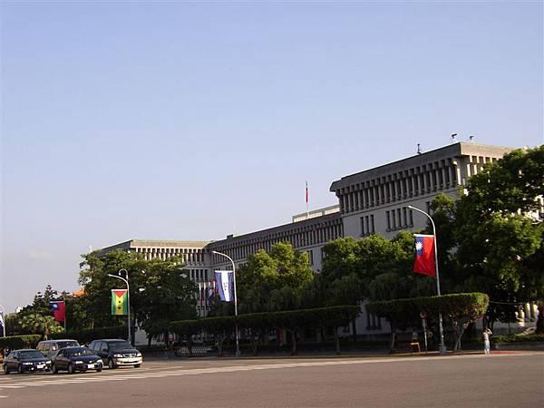 111.有波蘭總統府風格的外交部