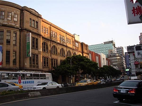 111.台北郵局