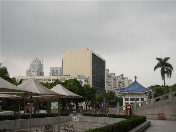 112.音樂廳廣場