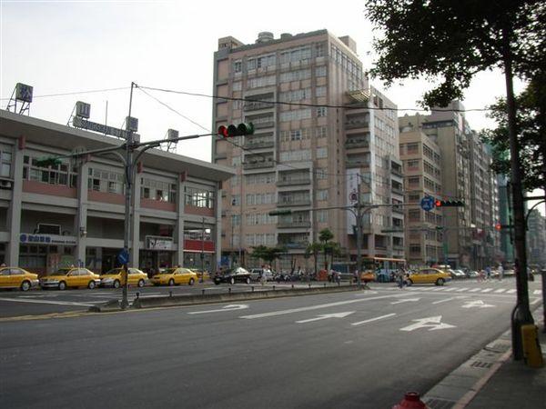 352.松山車站