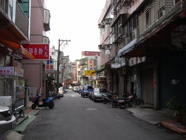 153.通化街的巷弄是東區的破敗孤島