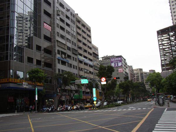 113.和平西路與晉江街口