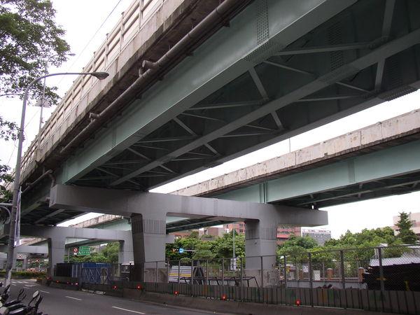114.基隆路高架橋