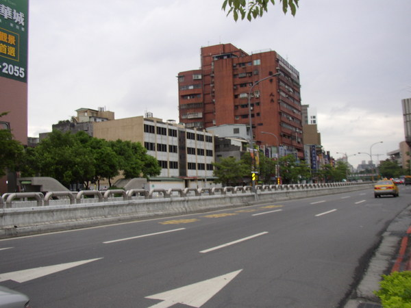 114.羅斯福路與公館車行地下道