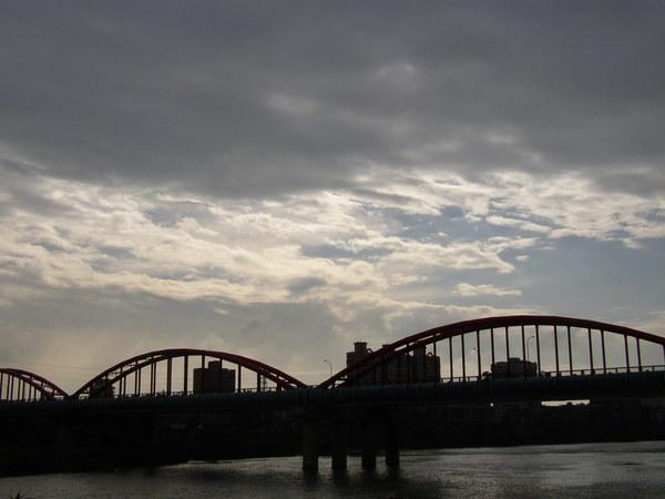 114.永福橋是連接台北與永和的水管橋