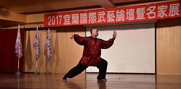 論文發表及展演 李國華老師 (2).JPG