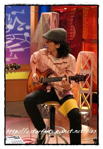 吉他Arny