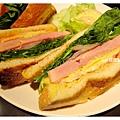 BBQ豬排三明治4.jpg