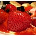 草莓冰淇淋鬆餅5.jpg