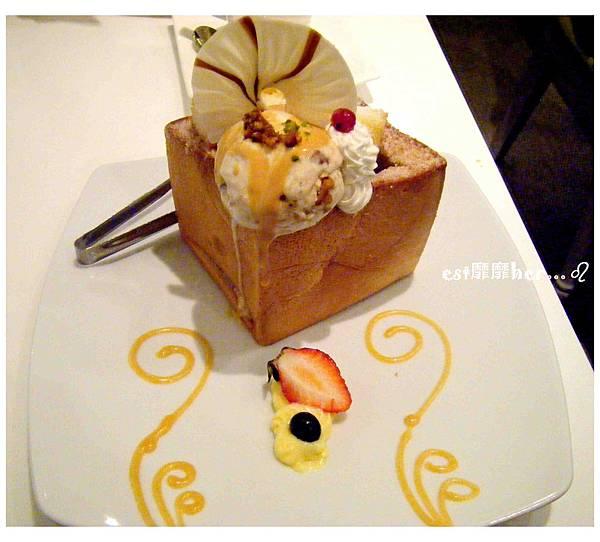 熔岩焦糖蜜糖吐司.jpg