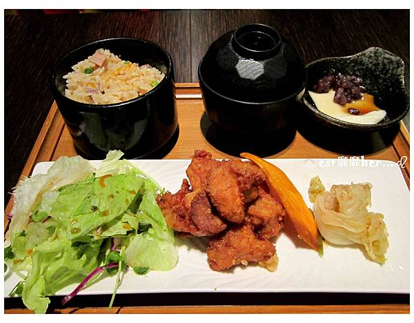 長崎風雞塊定食.jpg